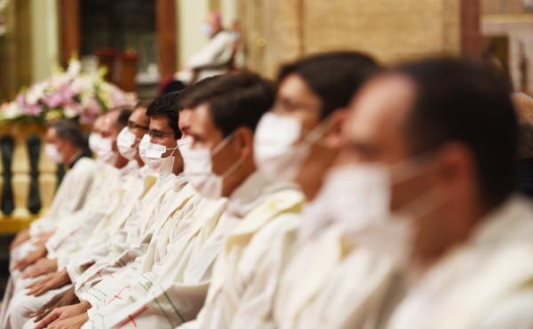 El Card. Parolin ordenó a 29 sacerdotes de la prelatura del Opus Dei, 2 son  argentinos - AICA.org