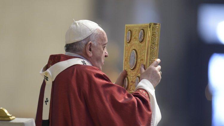 El Papa: El mundo necesita testimonios de que el Evangelio es posible, no palabras vacías