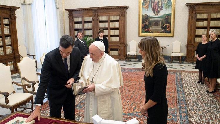 El Papa recibió al presidente de España