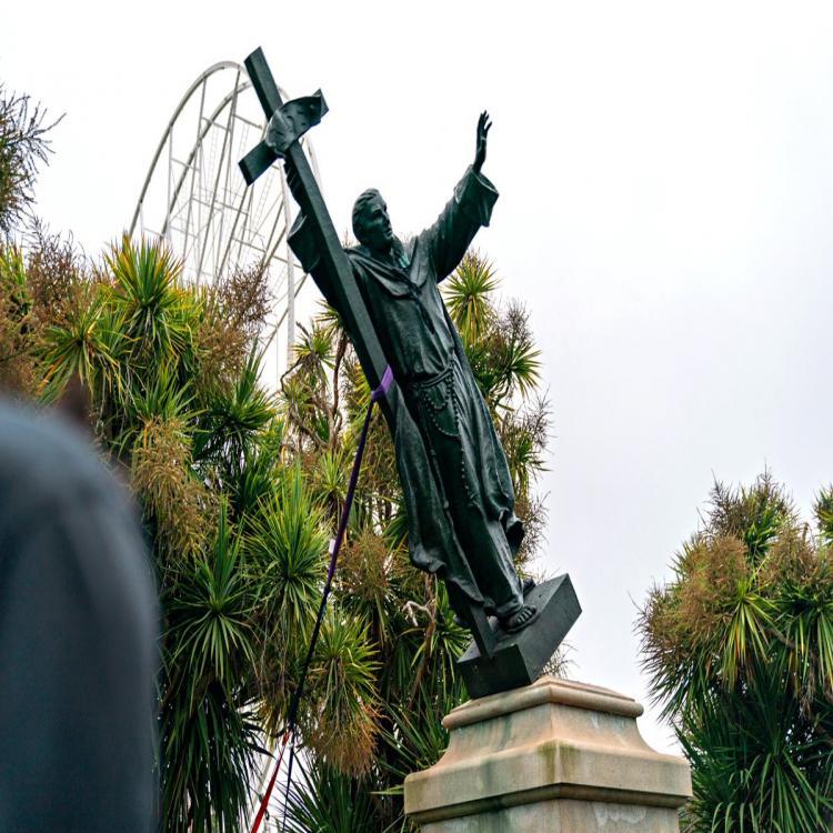 Estados Unidos: Los obispos de California protestaron ante ataques a estatuas de san Junípero Serra