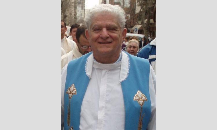 Falleció Mons. Carlomagno, sacerdote de Avellaneda-Lanús
