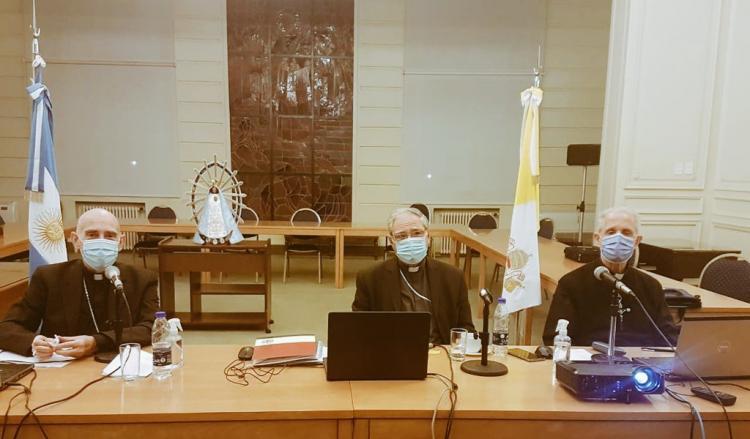 """Los obispos recordaron que el diálogo es el camino para """"salir juntos y mejores"""""""