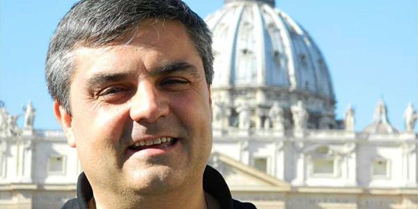 Mons. Margni saludó a la comunidad de Avellaneda-Lanús